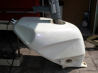 MC190303.jpg