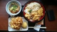 丸亀製麺「鶏ざるうどん」+かき揚げ+半熟たまご天