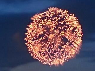 私のテクニックではこれが限界。豊橋祇園祭の花火
