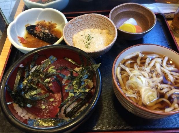 マグロ丼セット@満月 (1)