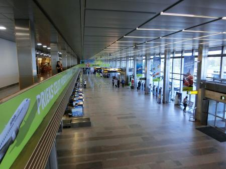 リガ空港2
