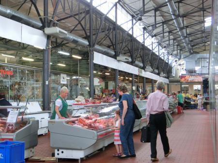 ヴィリニュスのマーケット「ハレス市場」2