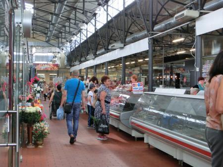 ヴィリニュスのマーケット「ハレス市場」3
