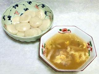 160726_4082水餃子・シメジの中華スープVGA