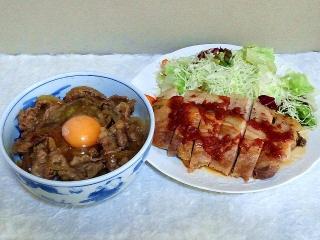 161004_4217牛バラ肉と玉葱のスタミナ丼・ポークソテー・ガーリックソース掛けVGA