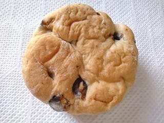 ローソン しっとりした豆のパン 北海道産豆の甘納豆使用¥150aa