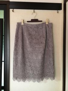 ロマンスタイプ ストレートタイプのスカートの写真