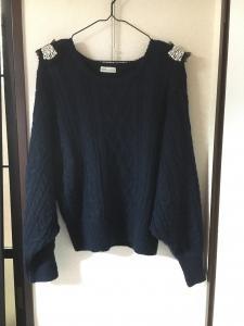 ロマンスタイプでストレートのセーター.jpg