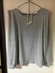 ロマンスタイプでストレートタイプのセーター3.jpg