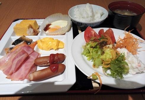 2 朝食バイキング