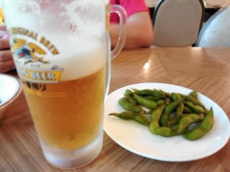 2 小梨平食堂の生ビール