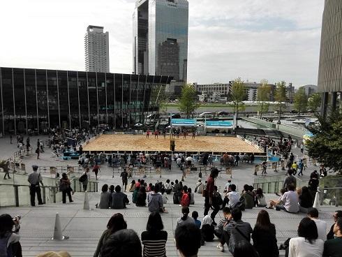 11 大阪駅前・グランフロント大阪・ビーチバレー