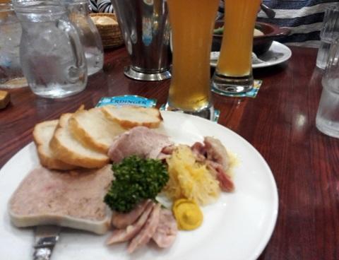 9 豚肉の盛り合わせ