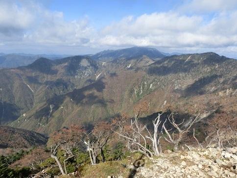 13 奥駈道の北方向・八経ケ岳・弥山