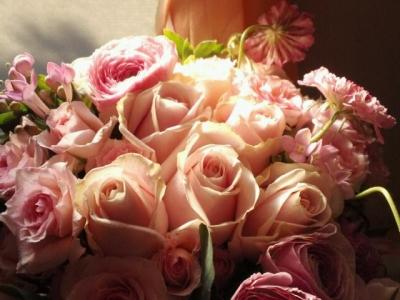 記念のバラの花束