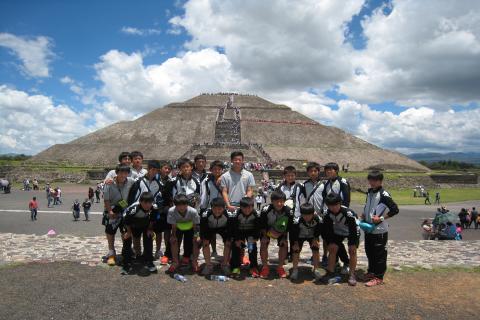 con piramide