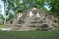 ruinas-de-uaxactun.jpg