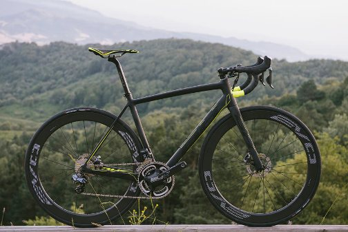2017-BH-Ultralight-EVO-Disc-brake-road-bike11.jpg