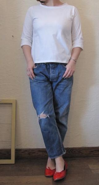 ハンズTシャツ白