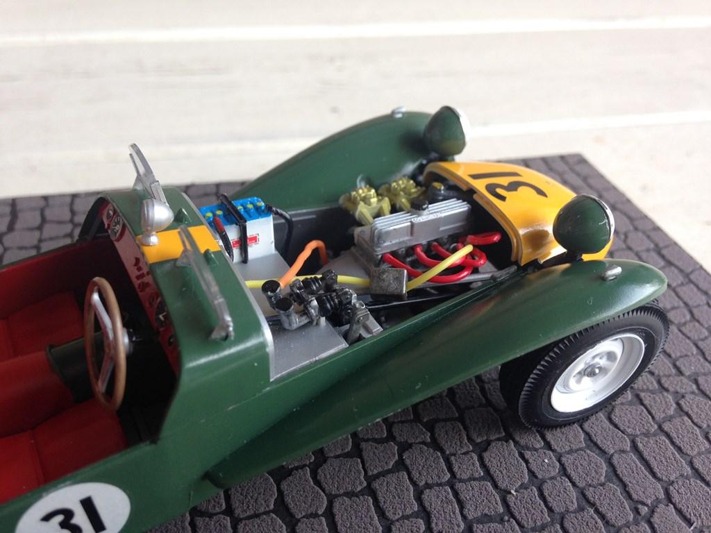 Lotus7-05.jpg
