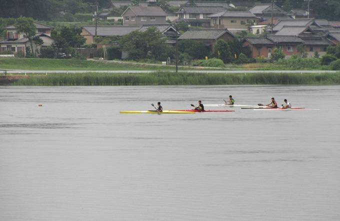 小雨の中 カヌー練習 28.7.8