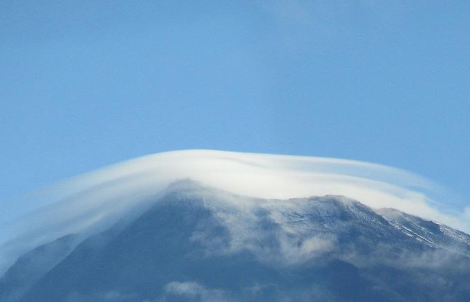 富士山に今年初めての雪 28.9.25