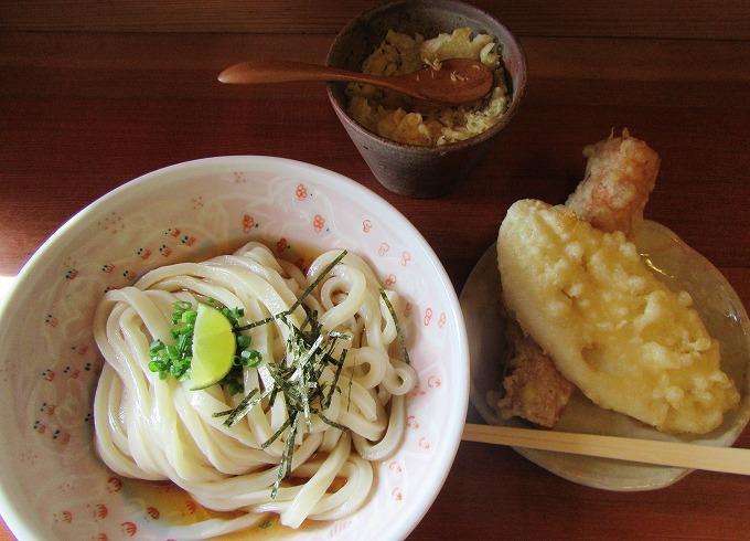 三好うどん、天ぷらとぶっかけ 28.10.12