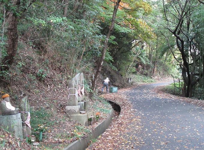 爺神山お参り 7 28.11.15