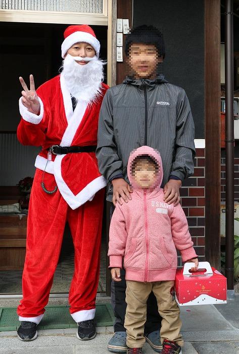 サンタさんと一緒に写真 28.12.23