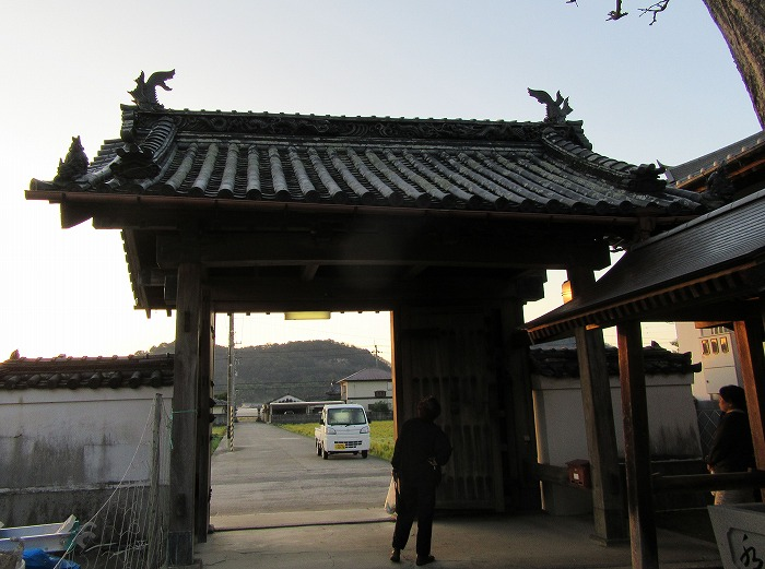 門・・徳島城から戴いて運んできた 28.12.25