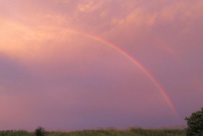 夕方の虹 夕食始めた頃 28.6.25