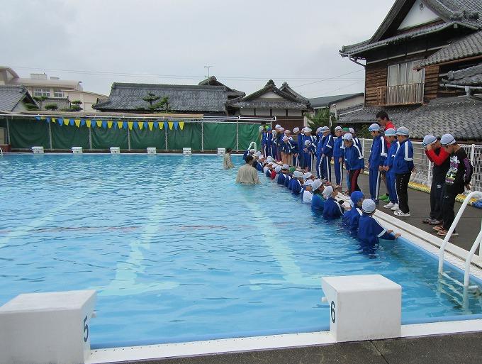 着衣水泳 プール水の中へ 28.7.11