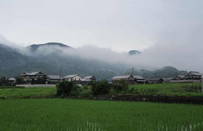 天霧山と雲と 28.7.14