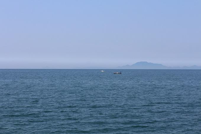 伊吹島から右にカメラを振って 28.5.12