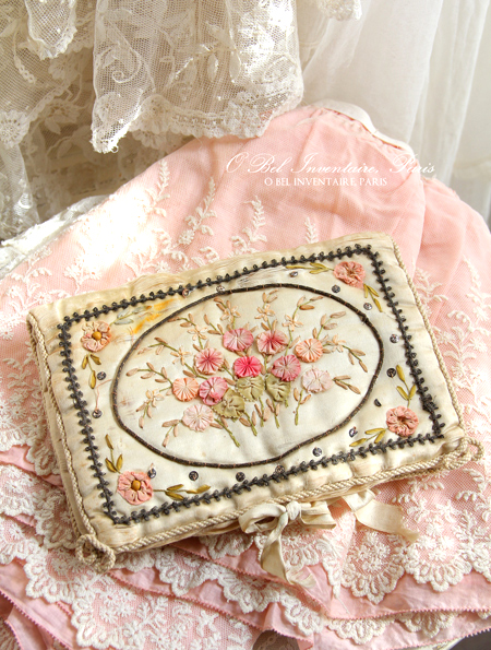 antique_ribbonwork6132e.jpg