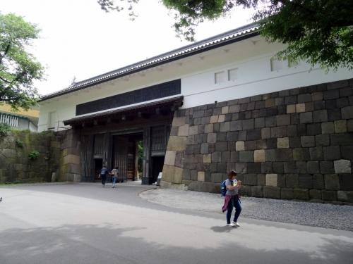 11田安門 (1200x900)