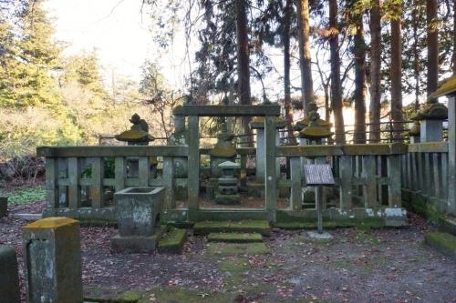 4結城墓 (1200x800)