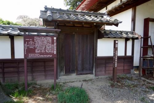 4霊屋 (1200x800)