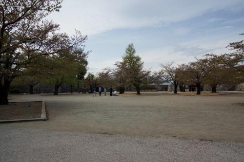 2広場 (1200x800)