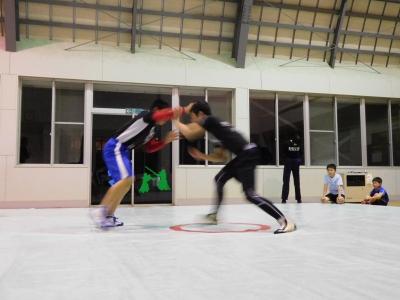 レスリング練習 072