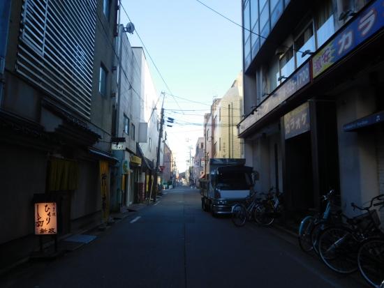 秋田駅前からす森 009