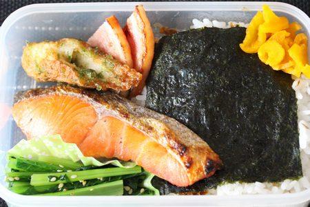 鮭海苔弁当2