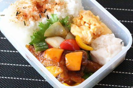 彩り酢豚弁当