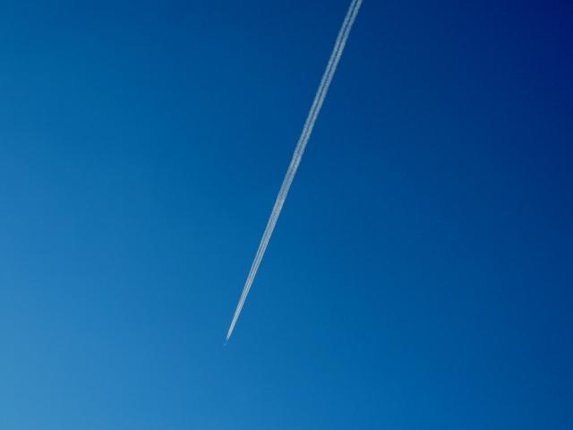 N8394ひこうき雲