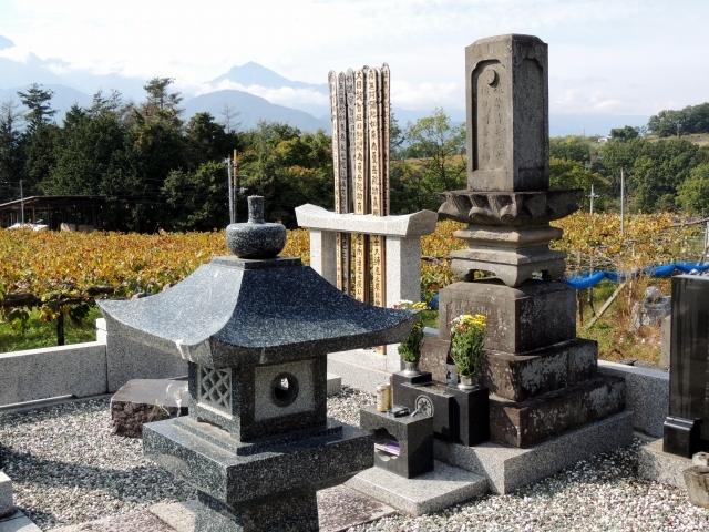 N8468韮崎墓所
