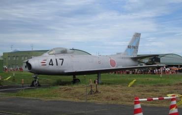 航空自衛隊主力戦闘機F‐86Fセイバー旭光ハチロクNorth American F-86 Sabre三菱重工業ライセンスF-86Dセイバードッグ ロッキードF‐104Jスターファイター 富士重工T-1静浜基地航空祭 航空自衛隊JASDF Shizuhama Airbase 航空ショーair show Japan Self-Defense Forces防府北基地 帝国海軍藤枝基地 芙蓉部隊