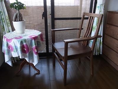シンプル椅子