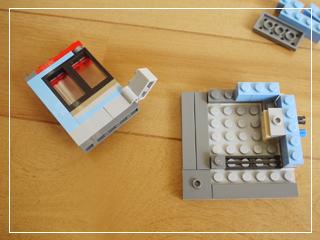 LEGOCornerDeli07.jpg