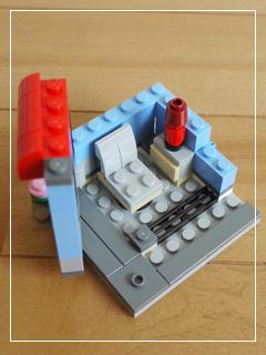 LEGOCornerDeli09.jpg