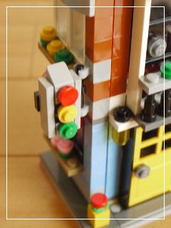 LEGOCornerDeli17.jpg